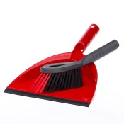 Brooms, brushes and mops